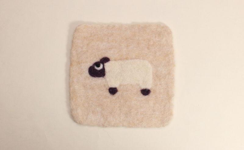 羊毛フェルトコースター ひつじ