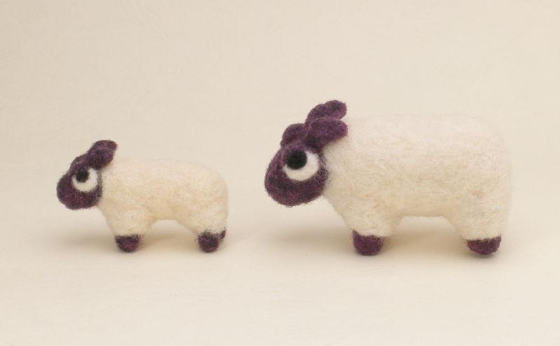 羊毛フェルト人形 ひつじくん