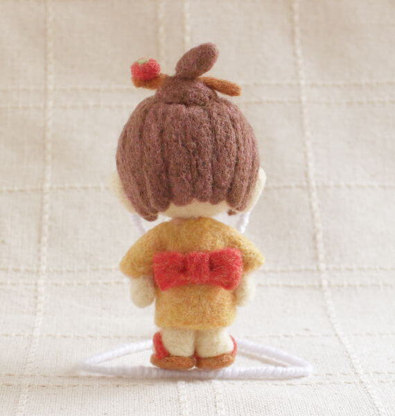 羊毛フェルト人形 モモ ver.座敷童