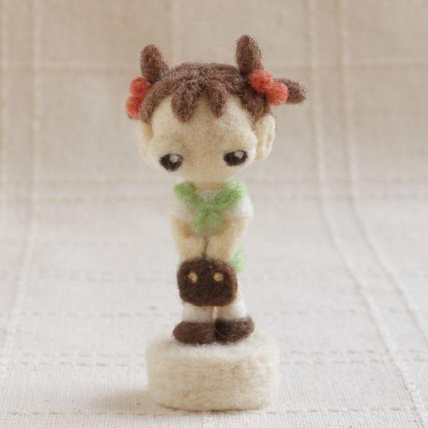 羊毛フェルト人形 オリーブ