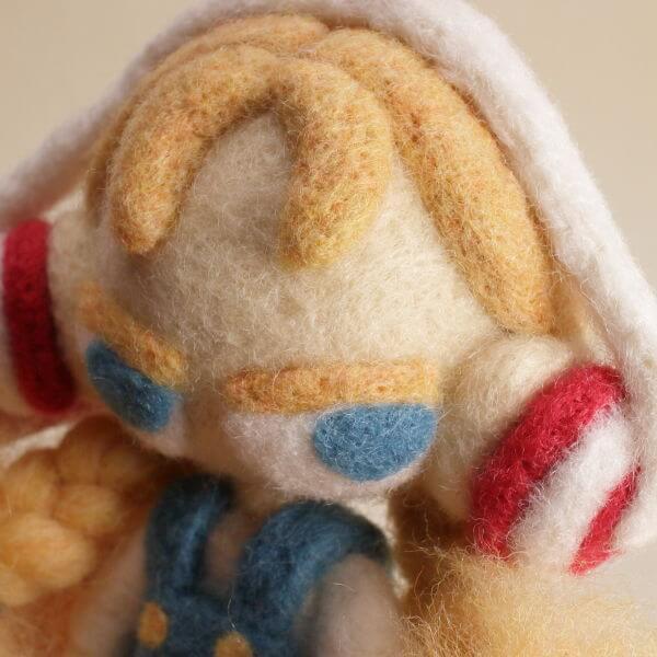 羊毛フェルト人形 オレンジ ver.ヘッドホン