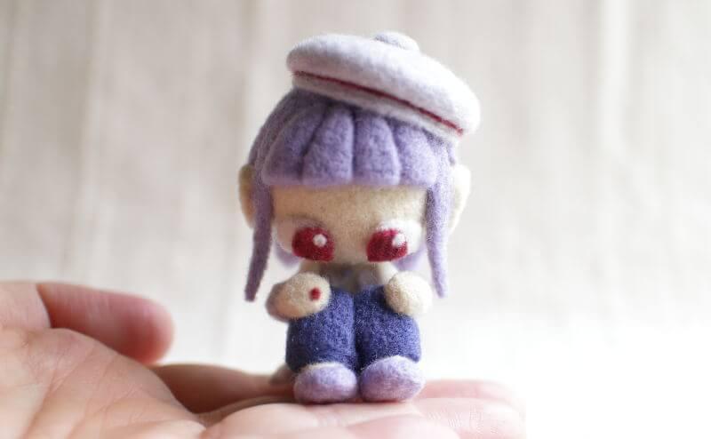 羊毛フェルト人形 あけび