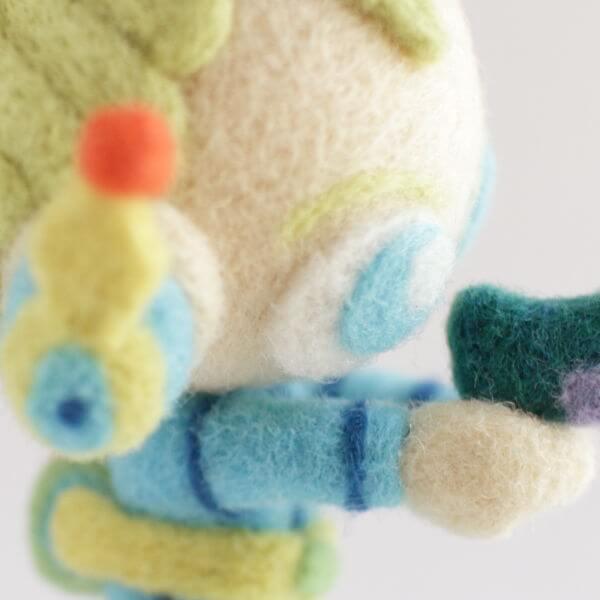 羊毛フェルト人形 かりん